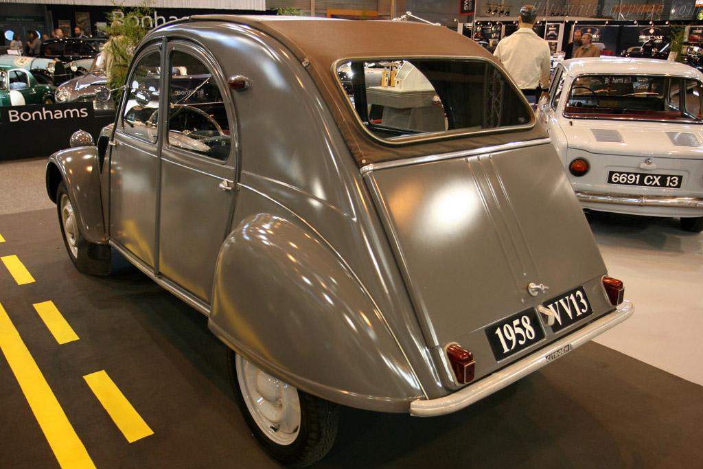 Citroën 2CV    - 2008 Retromobile