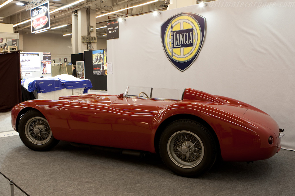 Lancia D25 - Chassis: 0002   - 2010 Retromobile