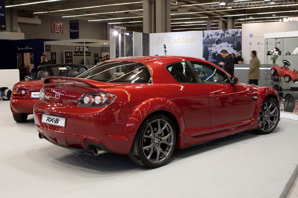 Mazda RX-8    - 2010 Retromobile