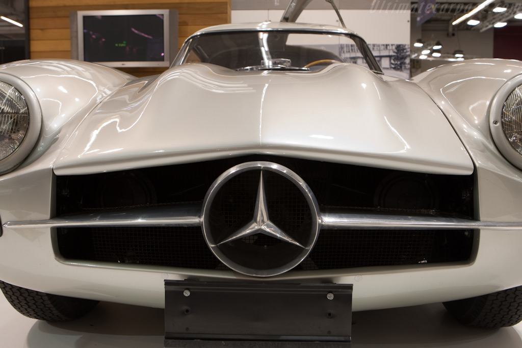 Mercedes-Benz 300 SL Prototype    - 2010 Retromobile