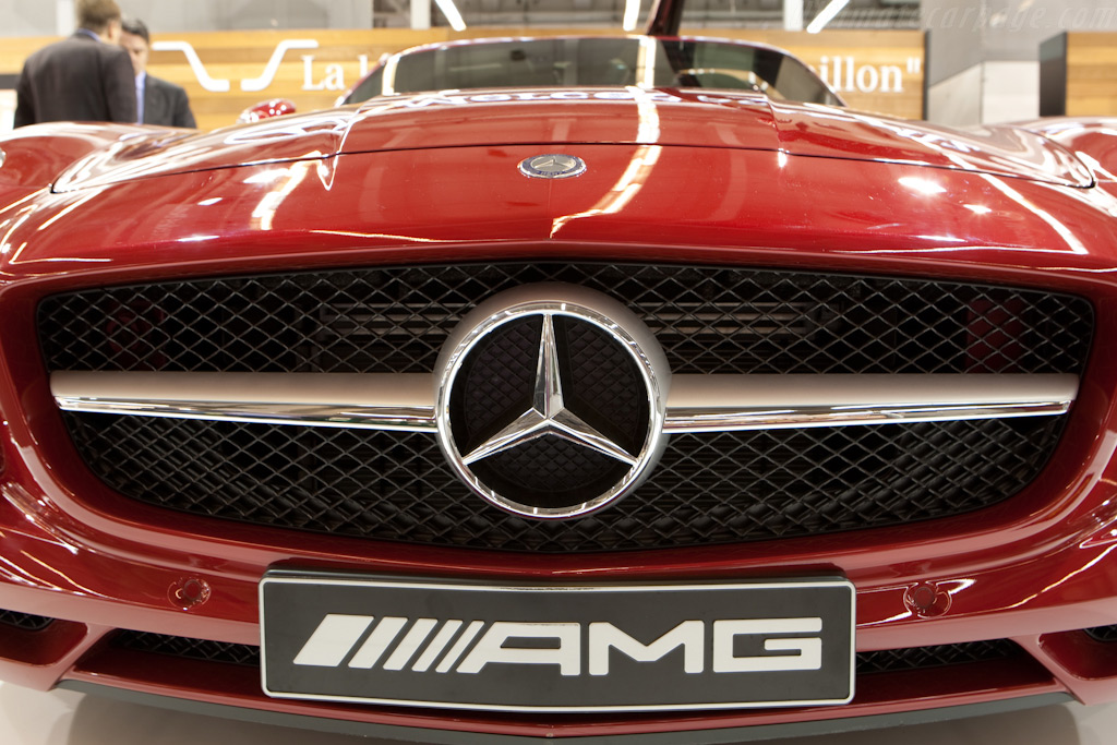 Mercedes-Benz SLS AMG    - 2010 Retromobile