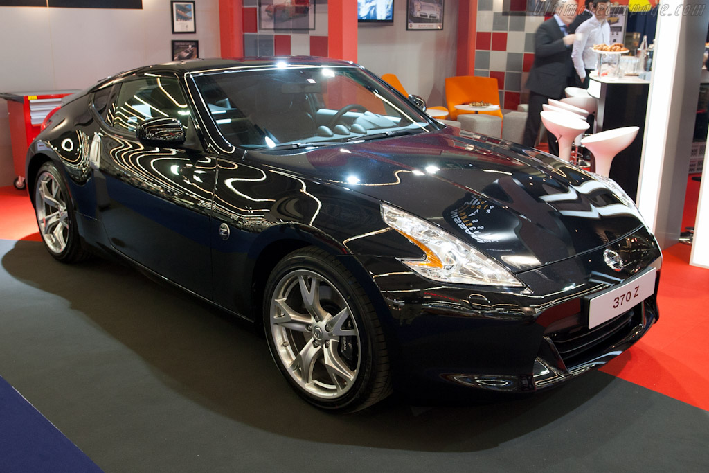 Nissan 370Z    - 2011 Retromobile
