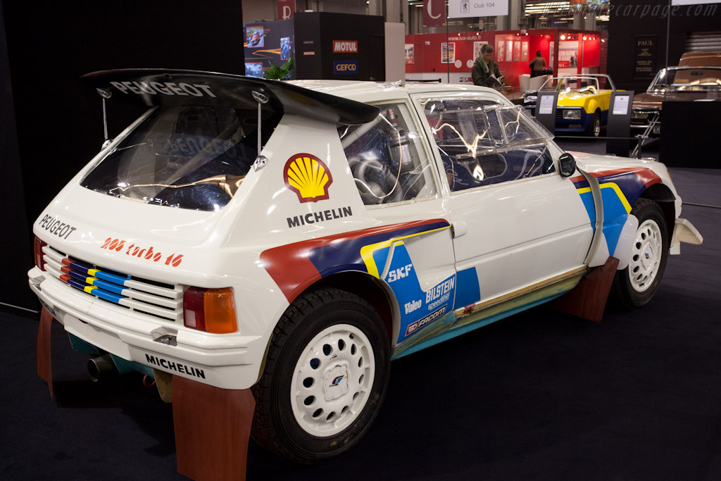 Peugeot 205 T16 Evo    - 2011 Retromobile