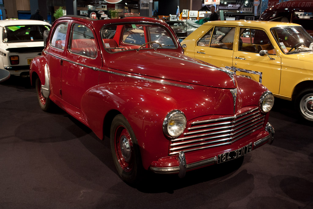 Peugeot 203 Decouverable    - 2012 Retromobile