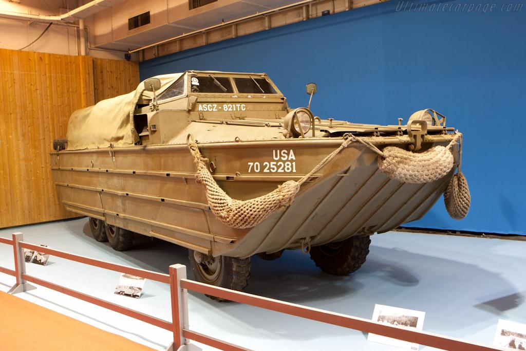 Amphibious Landing Vehicle    - 2012 Retromobile