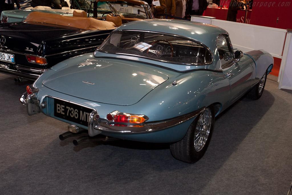 Jaguar E-Type - Chassis: 879889   - 2012 Retromobile