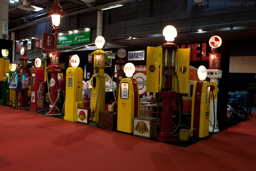 Welcome to Retromobile    - 2012 Retromobile