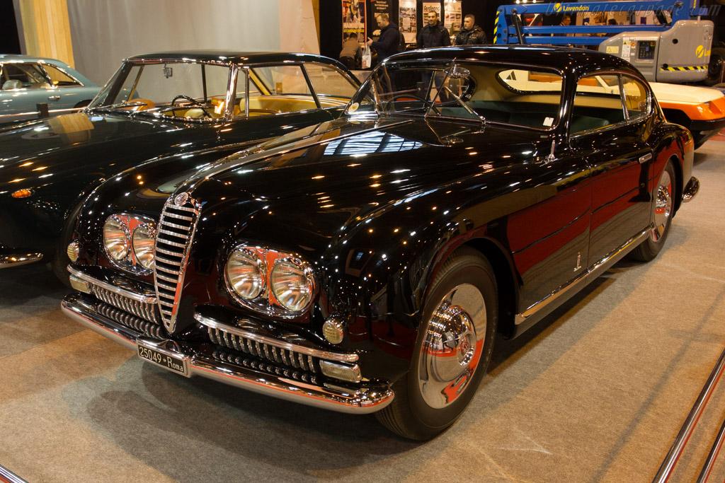 Alfa Romeo 6C 2500 SS Pinin Farina Coupe - Chassis: 915769 - Entrant: Lopresto Collection  - 2015 Retromobile