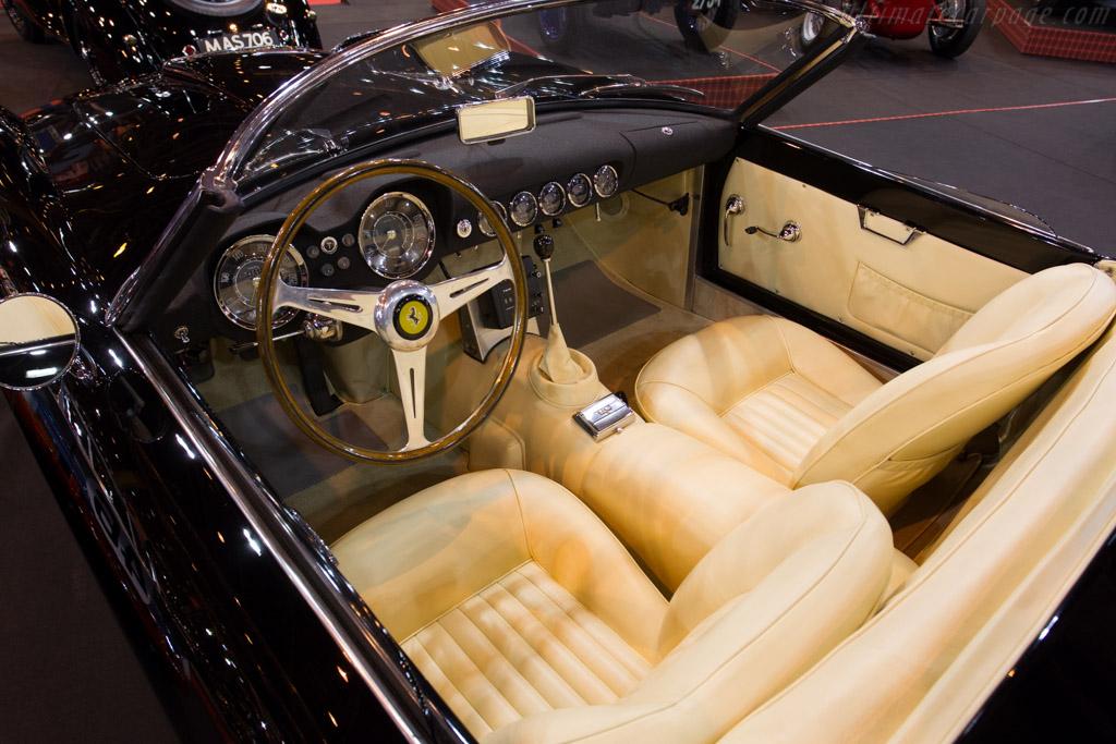 Ferrari 250 GT LWB California Spider - Chassis: 1011GT - Entrant: Fiskens  - 2015 Retromobile