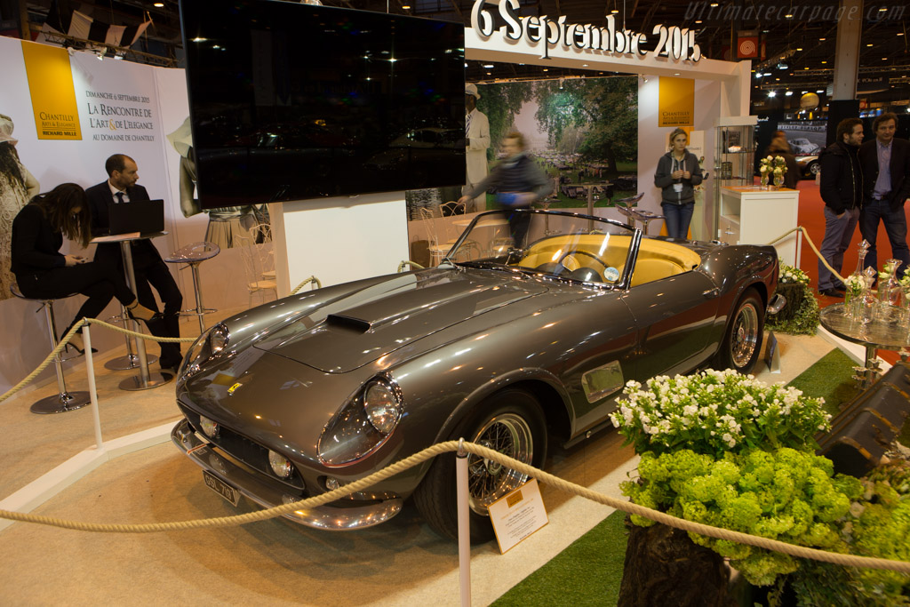 Welcome to Retromobile    - 2015 Retromobile