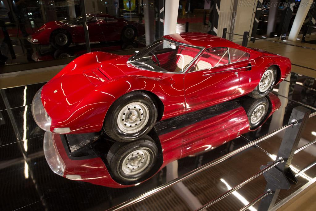 Ferrari 206 Dino Prototype - Chassis: 0840 - Entrant: ACO  - 2016 Retromobile