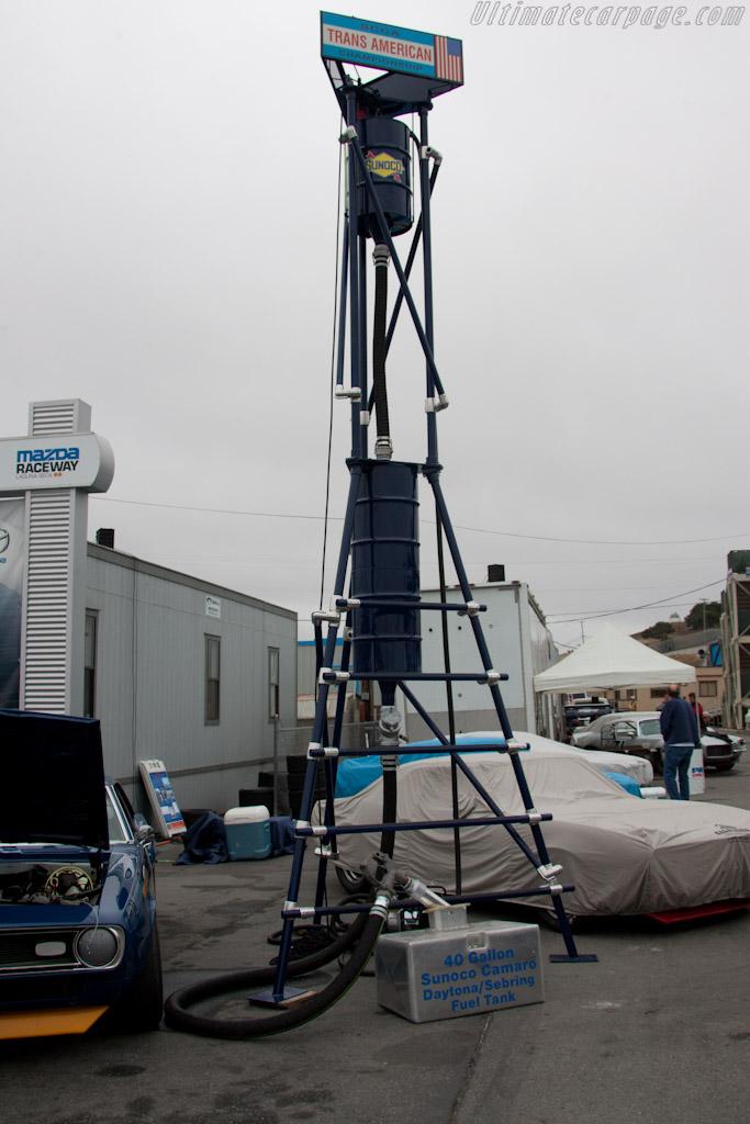 Penske's trick re-fueling rig    - 2011 Monterey Motorsports Reunion