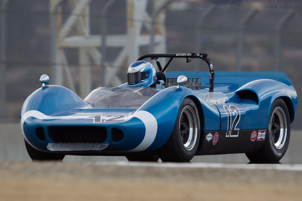 McLaren M1B Chevrolet - Chassis: 30-10 - Driver: Bob Hardison  - 2013 Monterey Motorsports Reunion