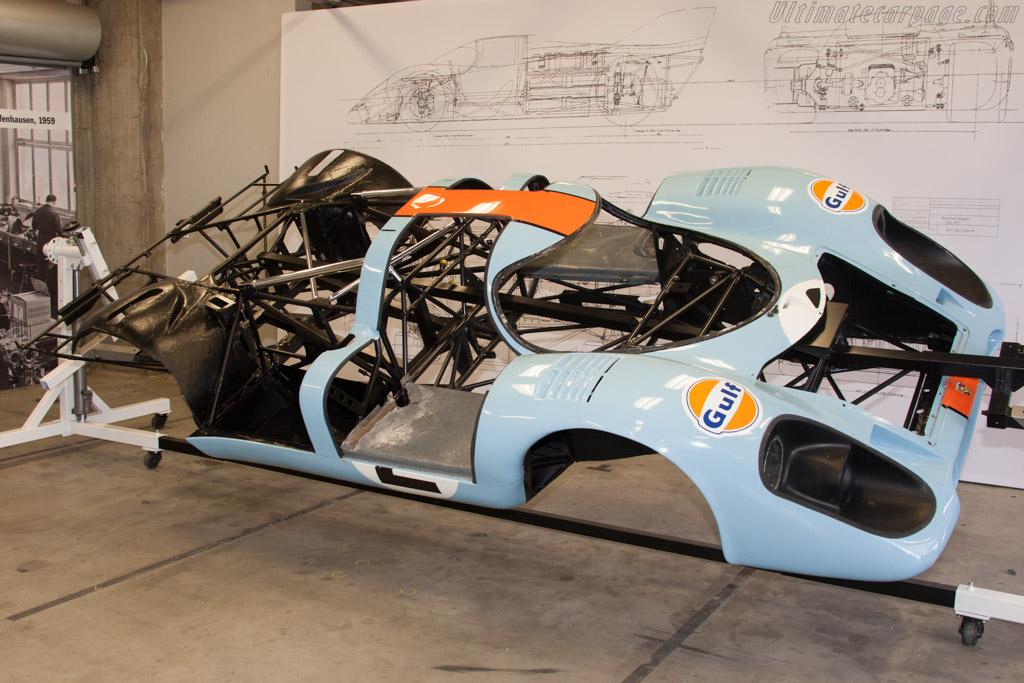 Porsche 917K - Chassis: 917-015 - Entrant: Porsche Motorsport North American  - 2014 Monterey Motorsports Reunion