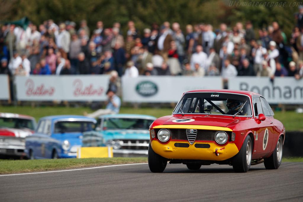Alfa Romeo Giulia GTA  - Entrant: David Hart - Driver: Olivier Hart  - 2018 Goodwood Revival