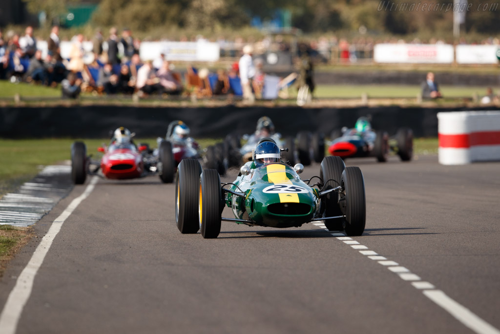 Lotus 25 - Chassis: R3 - Entrant: Classic Team Lotus - Driver: Andy Middlehurst  - 2018 Goodwood Revival
