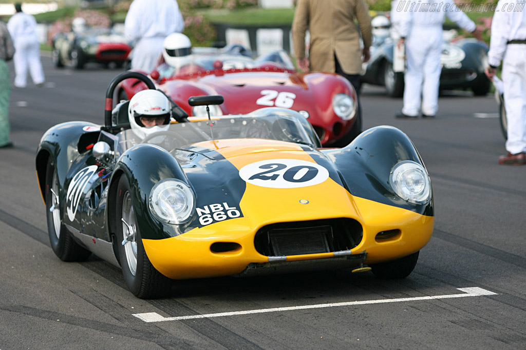 Lister Jaguar 'Knobbly'    - 2006 Goodwood Revival