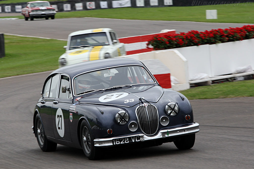 Jaguar MkII    - 2007 Goodwood Revival