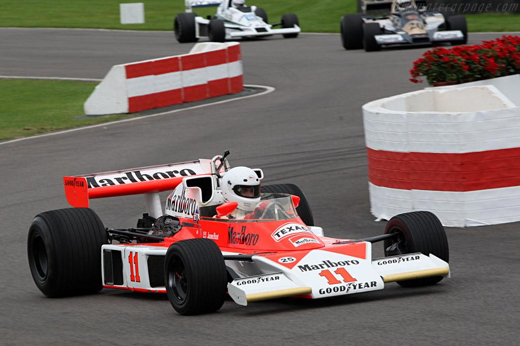 McLaren M23 Cosworth - Chassis: M23-6   - 2007 Goodwood Revival