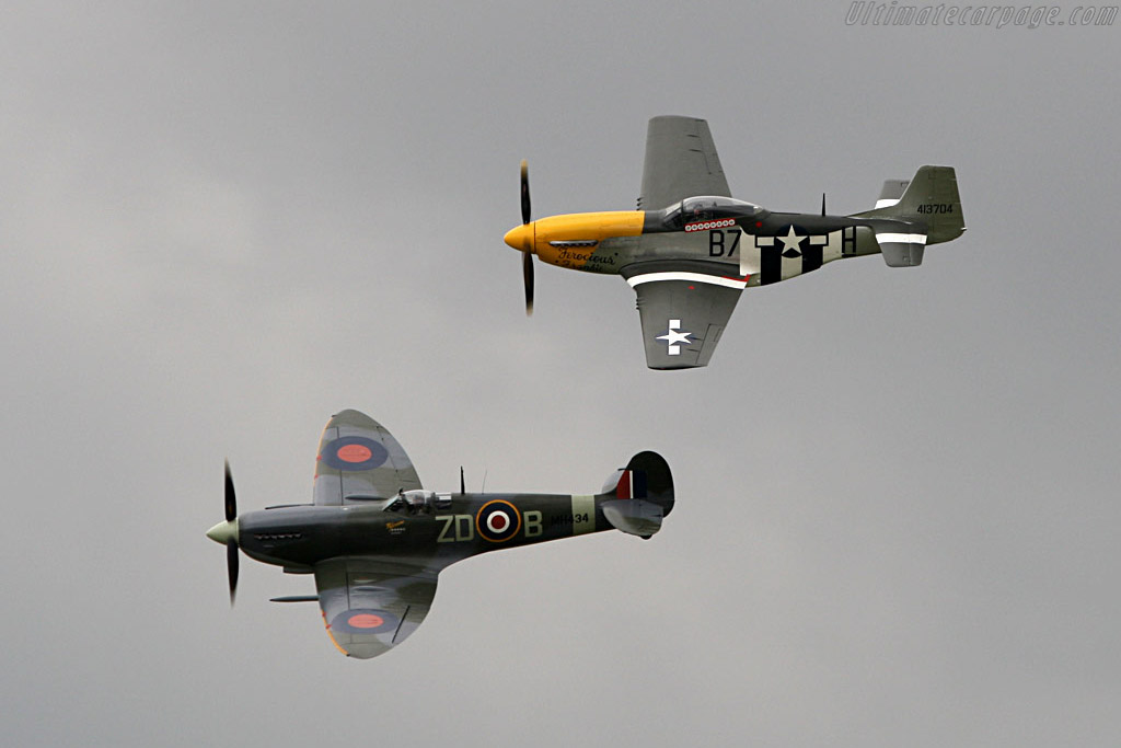 Mustang and Spitfire    - 2007 Goodwood Revival