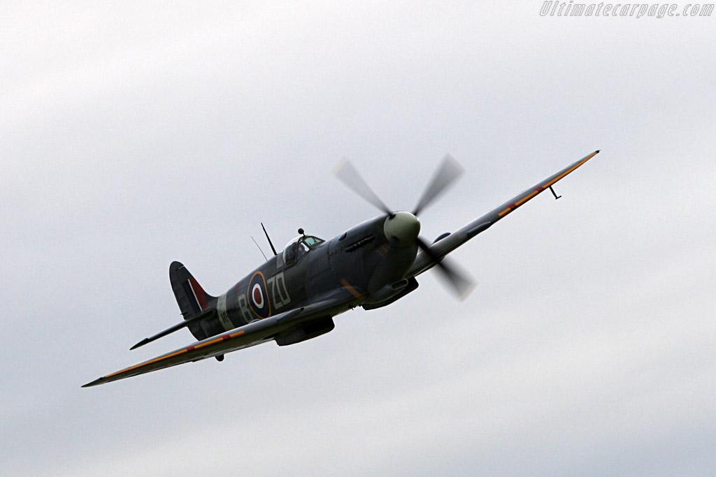 Supermarine Spitfire    - 2007 Goodwood Revival