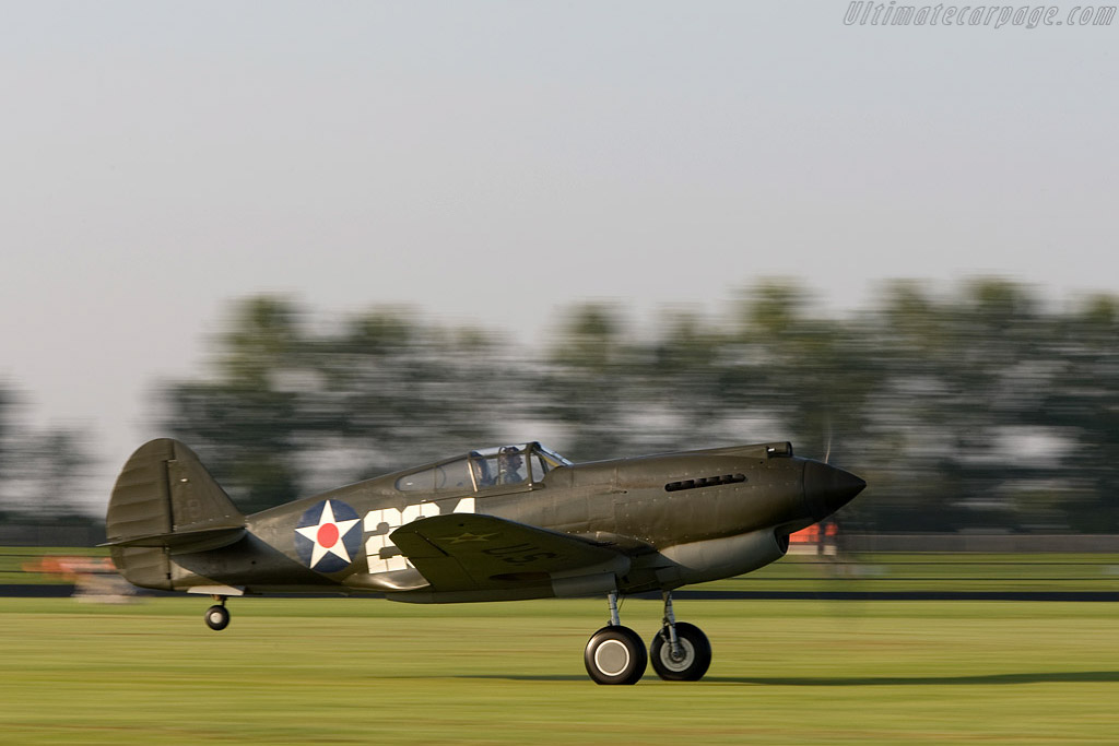 Curtiss P40B Warhawk    - 2008 Goodwood Revival