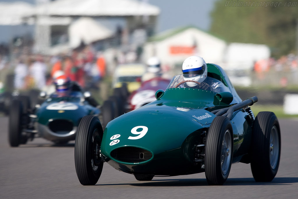 Vanwall Grand Prix - Chassis: VW11 - Driver: Brian Redman  - 2008 Goodwood Revival