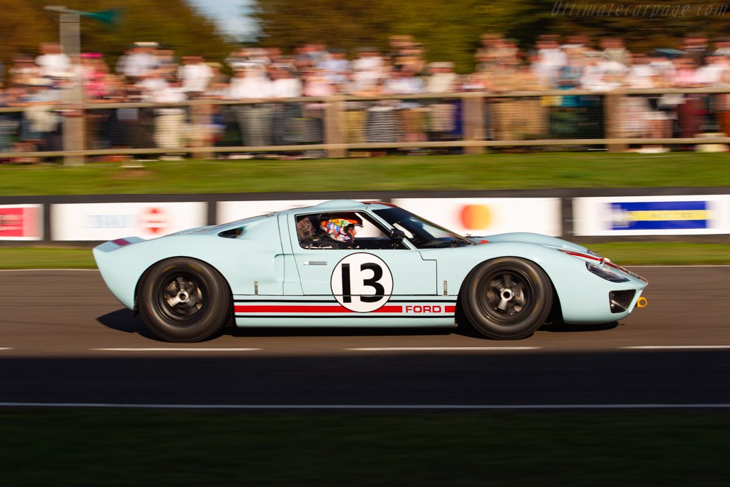 Ford GT40 - Chassis: GT40P/1025 - Entrant / Driver Shawn Lynn - 2019 Goodwood Revival