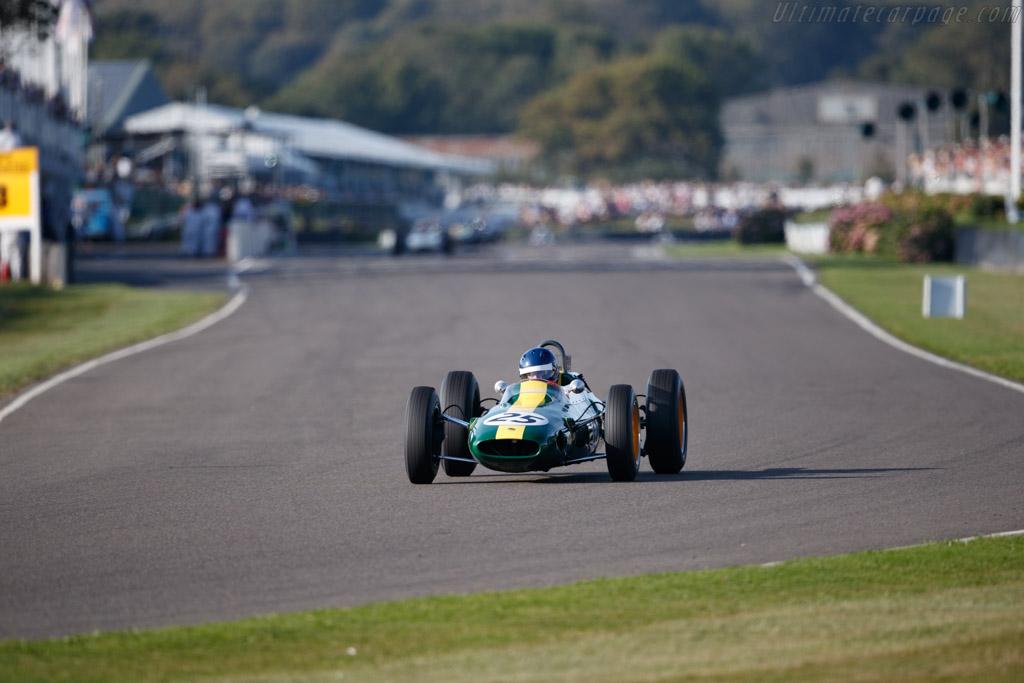 Lotus 25 - Chassis: R3 - Entrant: John Bowers - Driver: Andy Middlehurst - 2019 Goodwood Revival