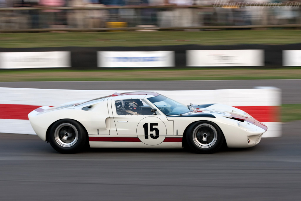 ford gt40   chassis gt40p 1010   2009 goodwood revival