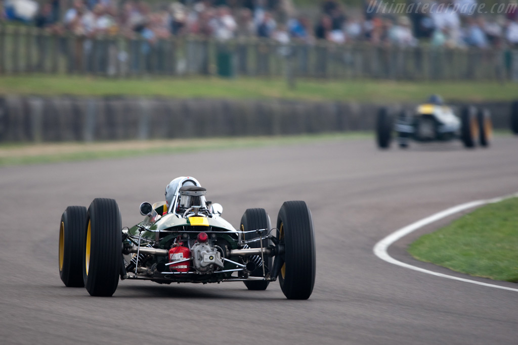 Lotus 33 & 25 - Chassis: R10 - Driver: Robs Lamplough  - 2009 Goodwood Revival