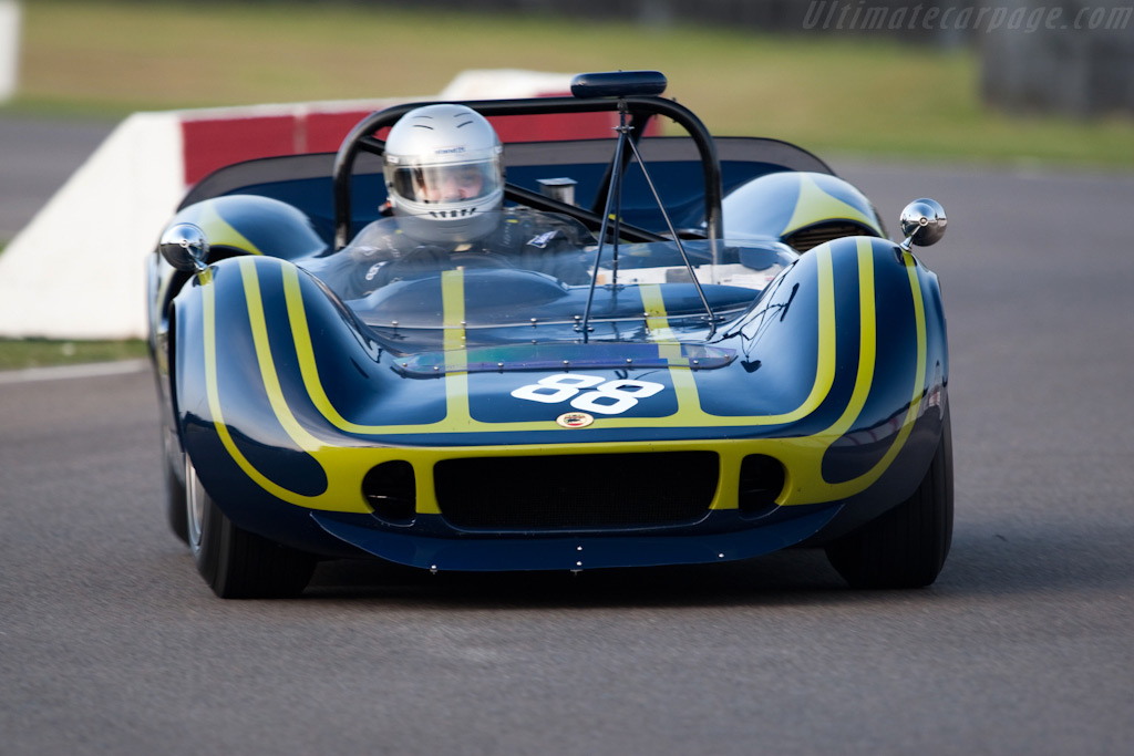 McLaren M1B - Chassis: 30-19   - 2009 Goodwood Revival