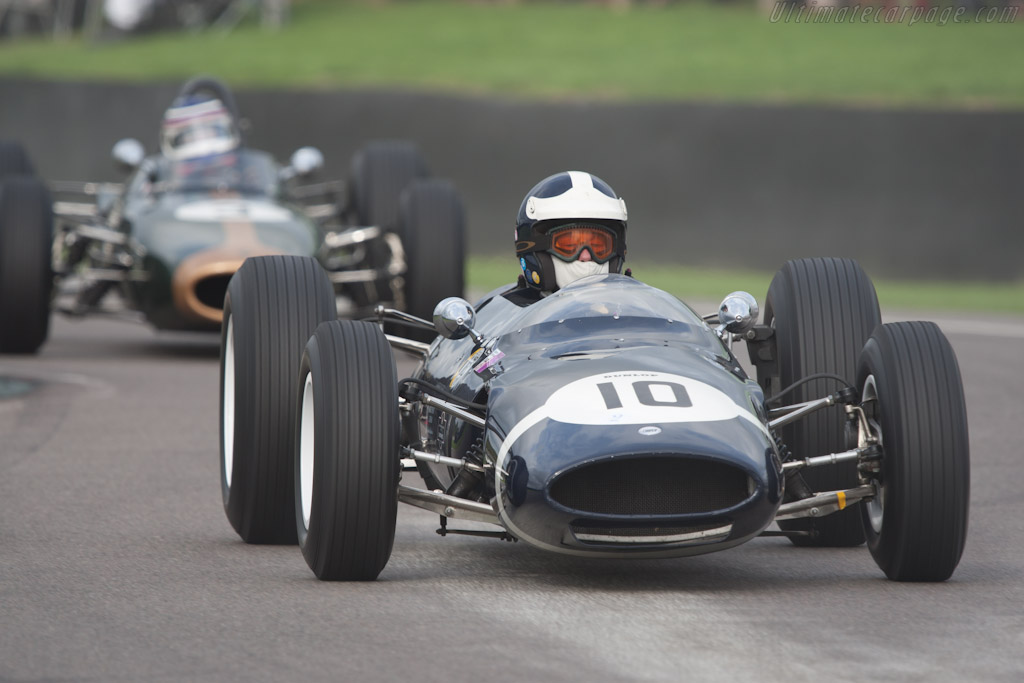 Cooper T66 Climax - Chassis: F1-2-63 - Driver: Sid Hoole  - 2010 Goodwood Revival
