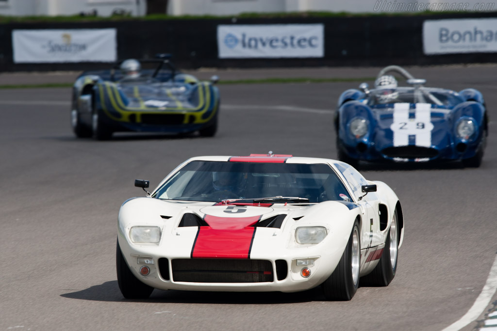 Ford GT40 - Chassis: GT40P/1010 - Driver: Adrian Newey  - 2010 Goodwood Revival