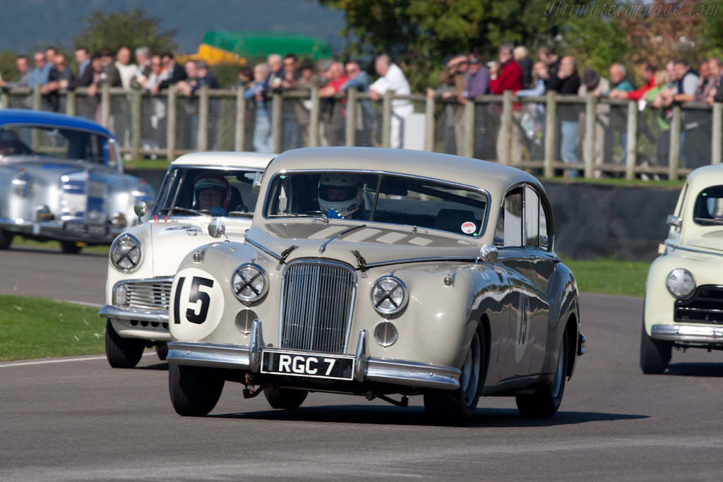 Jaguar MkVII (Tony Dron)    - 2010 Goodwood Revival