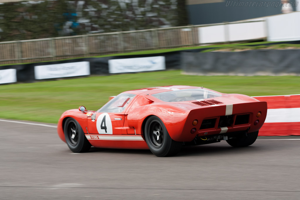 Ford GT40 - Chassis: GT40P/1022   - 2011 Goodwood Revival