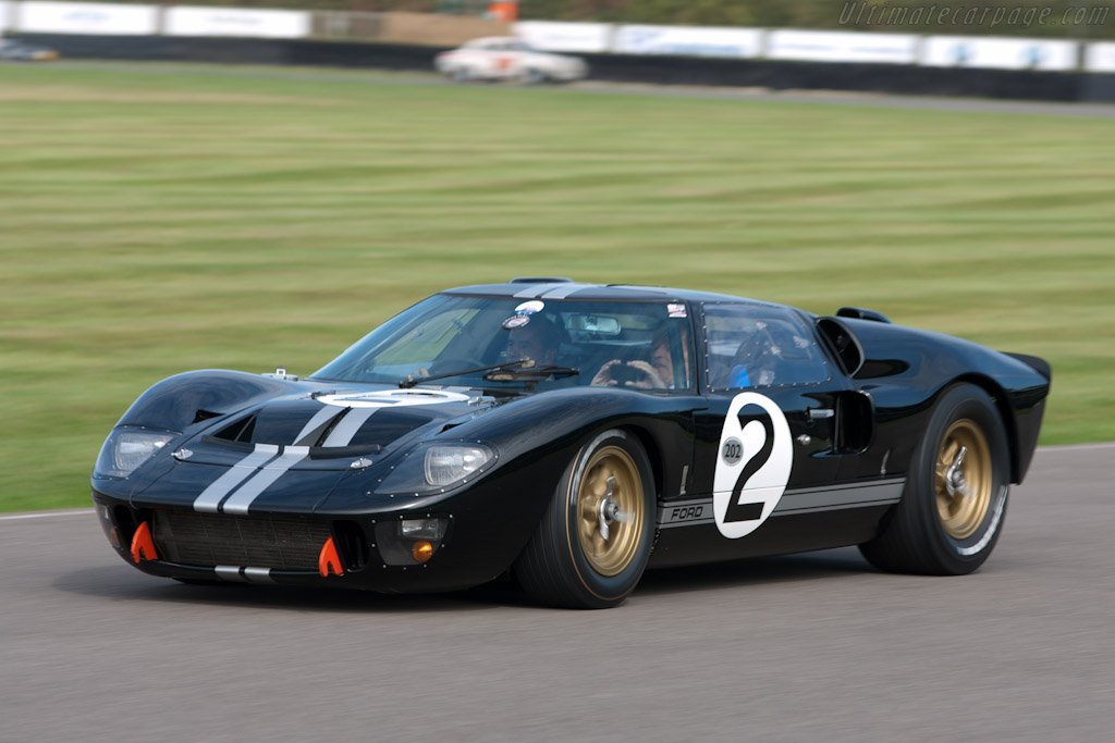 Ford GT40 Mk2 - Chassis: GT40P/1046   - 2011 Goodwood Revival