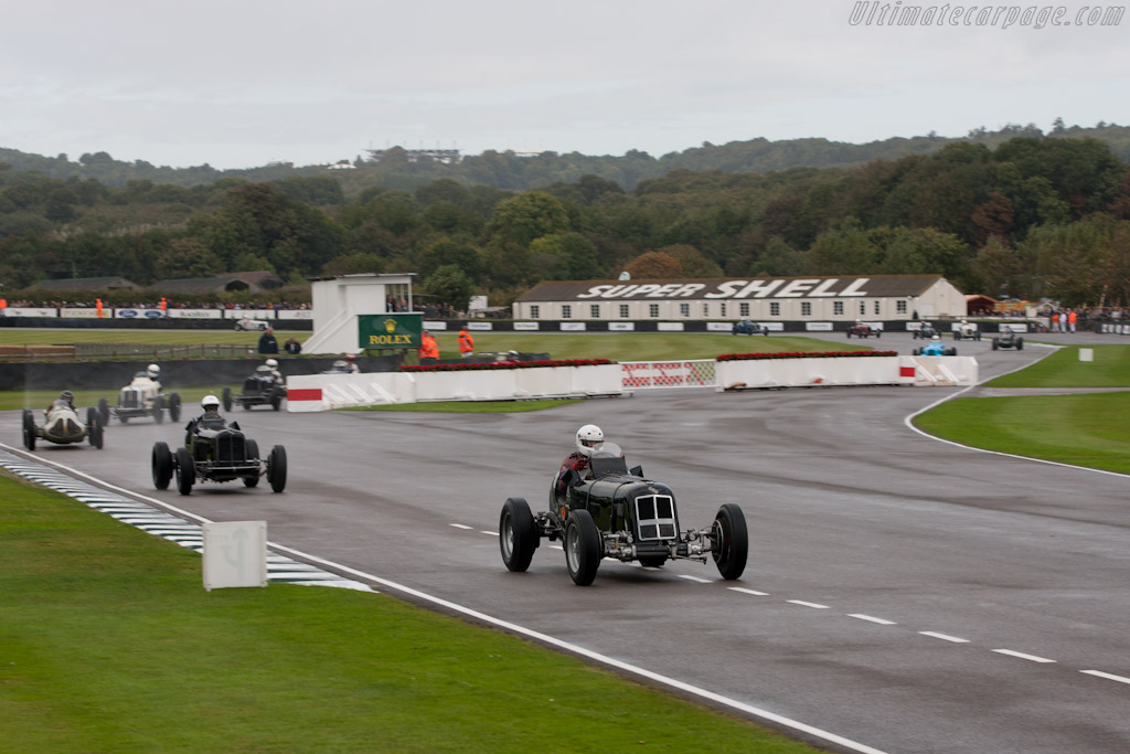 Race Car Trophy >> The start - 2011 Goodwood Revival