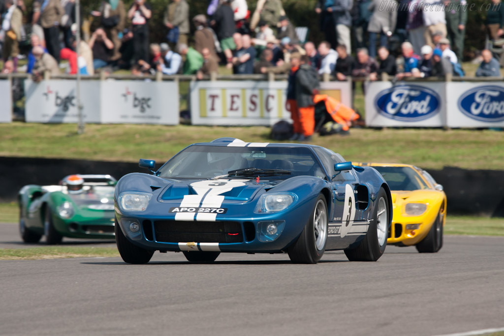 Ford GT40 - Chassis: GT40P/1018   - 2012 Goodwood Revival