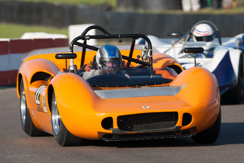McLaren M1B - Chassis: 30-06   - 2012 Goodwood Revival