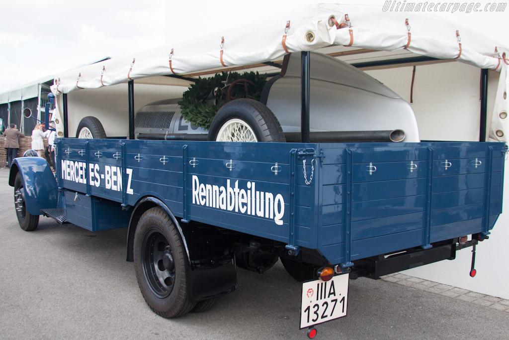 Mercedes-Benz Transporter    - 2012 Goodwood Revival