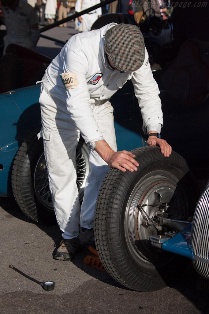Pump it up    - 2012 Goodwood Revival
