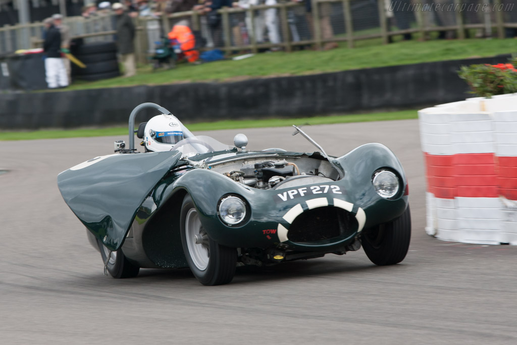 Connaught ALSR - Chassis: ASLR-11 - Entrant: Graham Burrows - Driver: William Nuthall  - 2013 Goodwood Revival