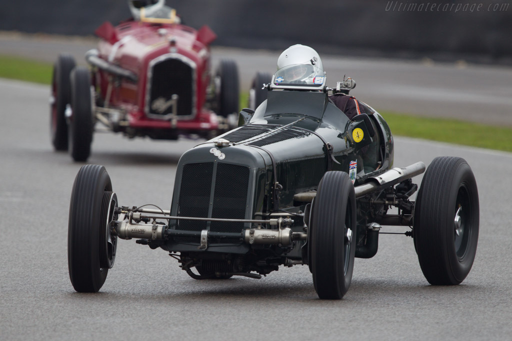 ERA R2A - Chassis: R2A - Entrant: Mary Smith - Driver: Mark Gillies  - 2013 Goodwood Revival