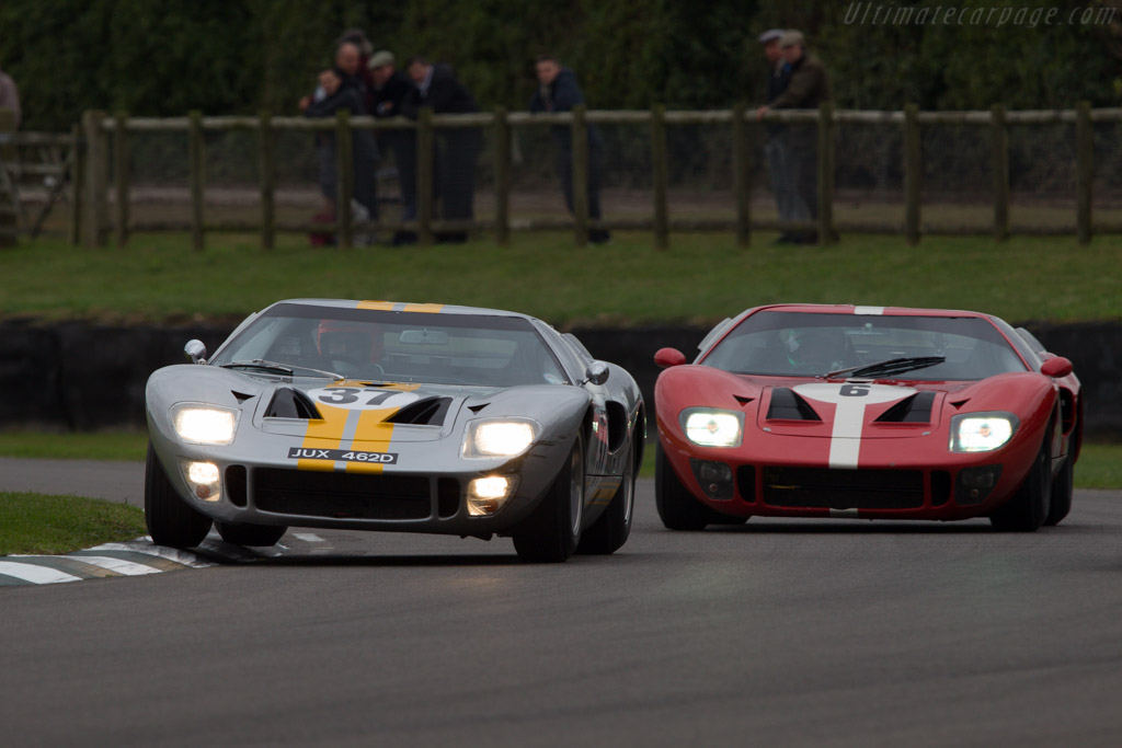 Ford GT40 - Chassis: GT40P/1041 - Entrant: Philip Walker - Driver: Philip Walker / Mike Jordan  - 2013 Goodwood Revival