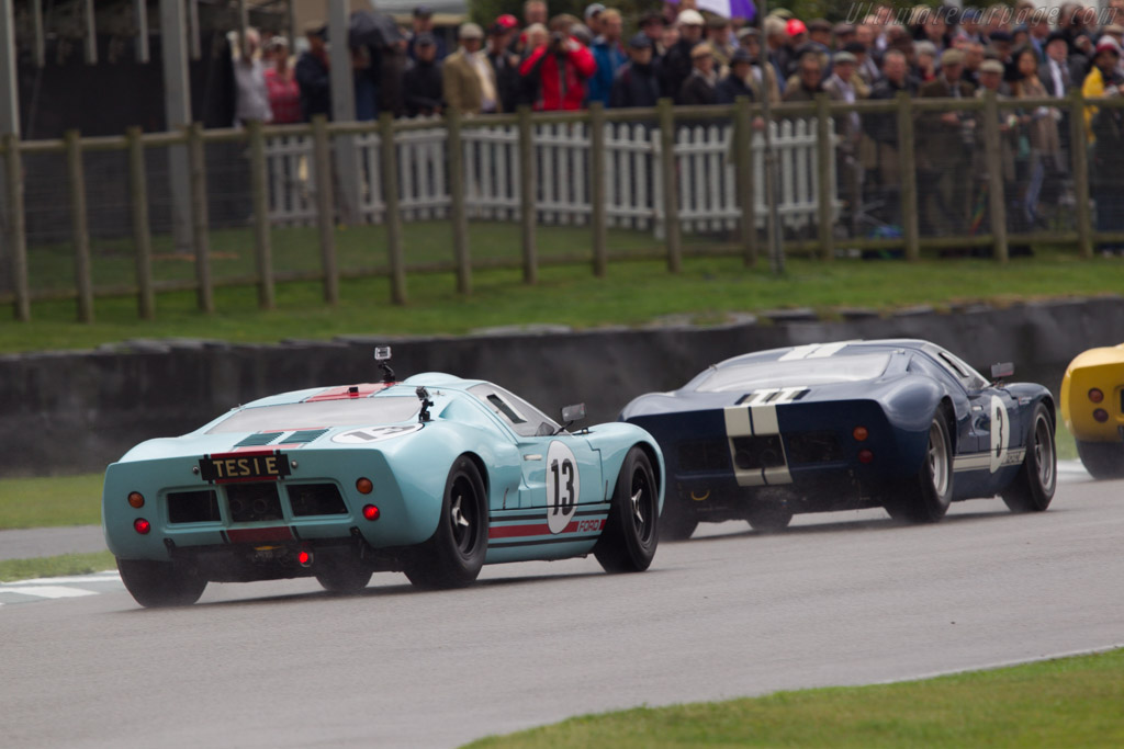 Ford GT40 - Chassis: GT40P/1025 - Entrant: Shaun Lynn - Driver: Emanuele Pirro  - 2013 Goodwood Revival