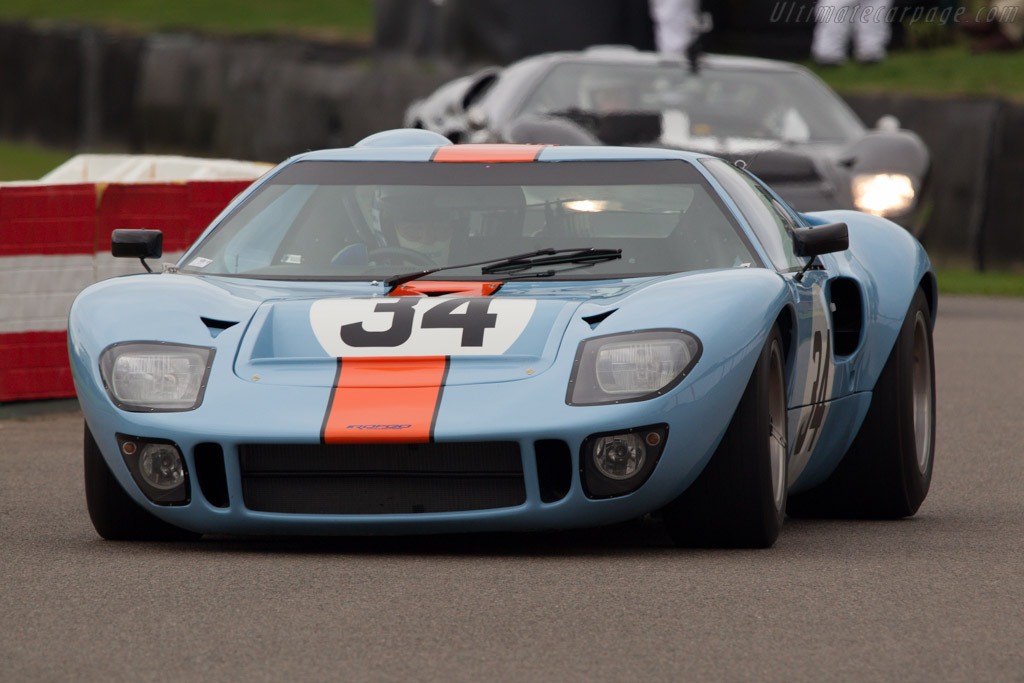 Ford GT40 Gulf - Chassis: GT40P/1084 - Entrant: ROFGO Collection  - 2013 Goodwood Revival