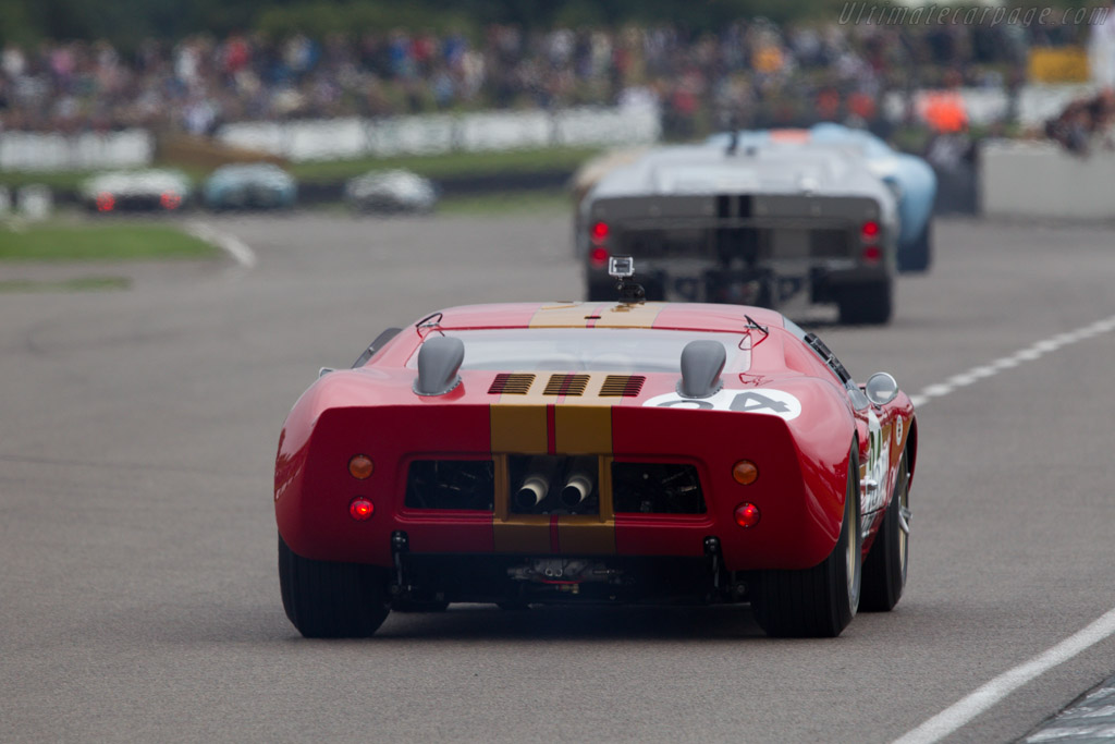 Ford GT40 Lightweight - Chassis: AM-GT2 - Entrant: Aaron Hsu  - 2013 Goodwood Revival