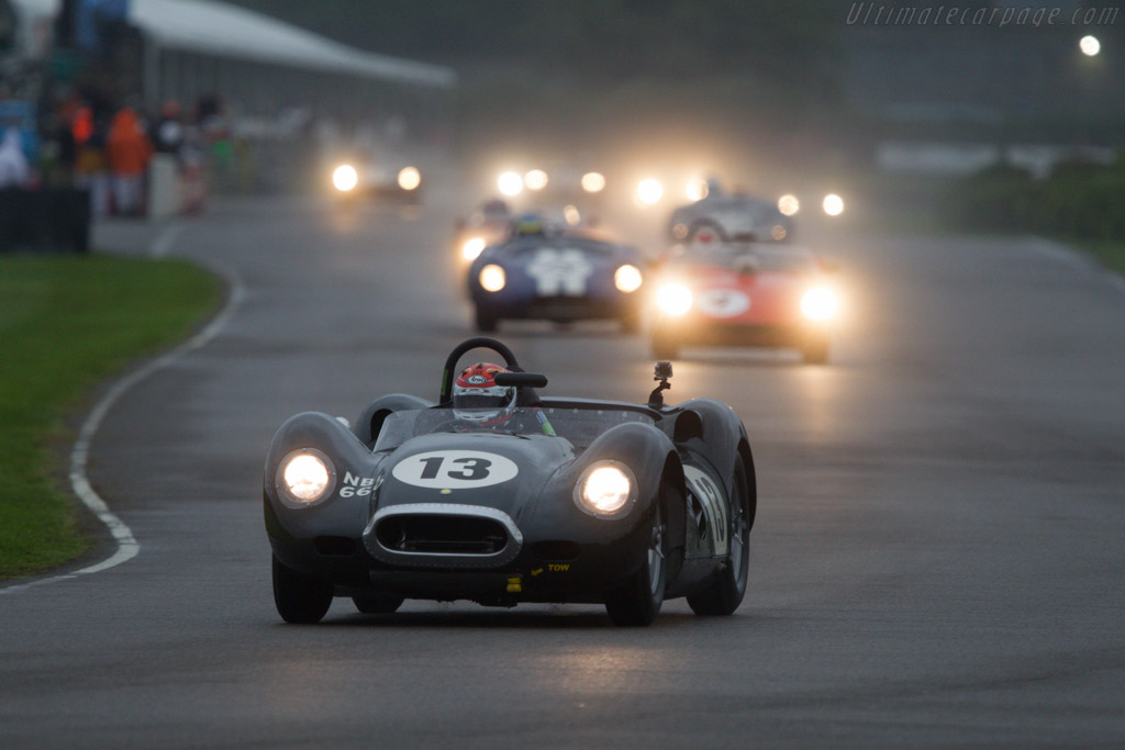 Lister Knobbly Jaguar - Chassis: BHL 103 - Entrant: Shaun Lynn - Driver: Emanuele Pirro  - 2013 Goodwood Revival