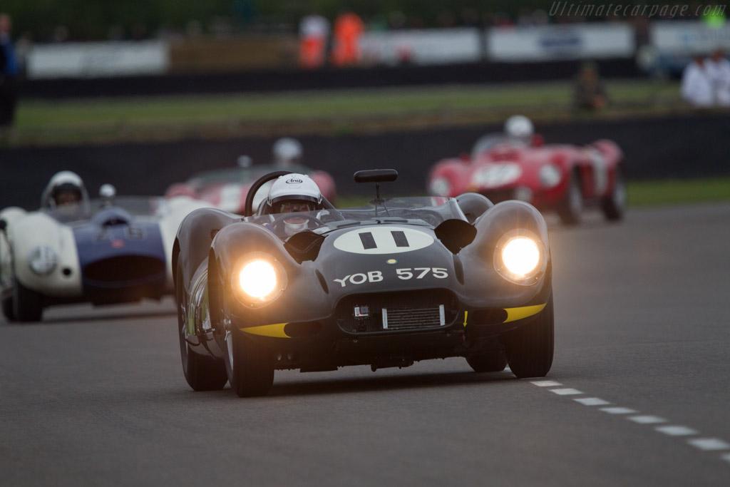 Lister Knobbly Jaguar - Chassis: BHL 120 - Entrant: JD Classics - Driver: Derek Hood - 2013 Goodwood Revival